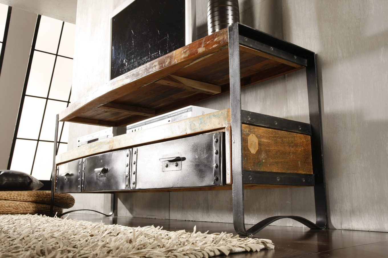industrial szafka rtv 05 metal drewno z odzysku industrial meble kolonialne 24. Black Bedroom Furniture Sets. Home Design Ideas